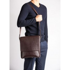 Мужская сумка-мессенджер из натуральной кожи шоколадного цвета Blamont Bn082C - Royalbag