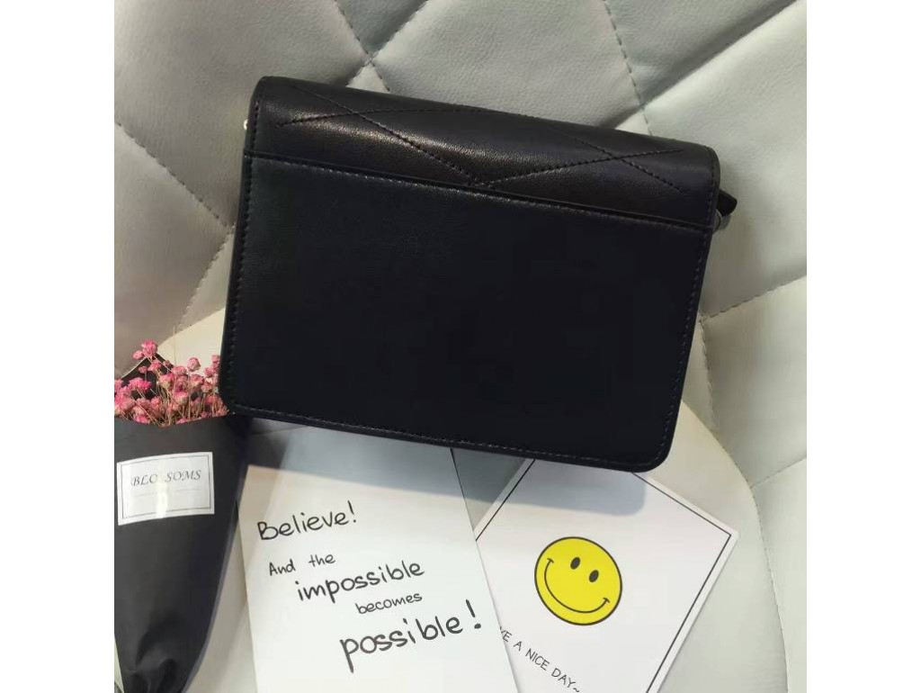 Женская сумка Karfei 18-15109-01A - Royalbag
