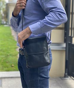 Маленькая сумка через плечо мужская